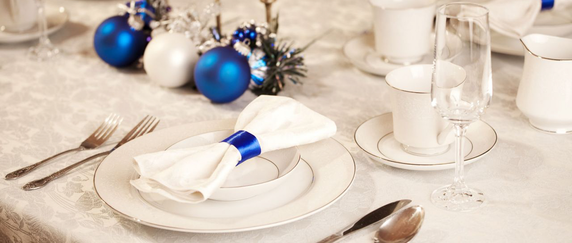decorar-mesa-navidad-4-1280x720x80xX-1